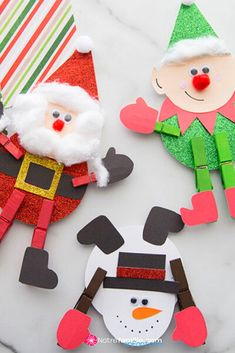 Christmas Gift Tags, Christmas Crafts, Christmas Ornaments, Puffy Paint Crafts, Diy Cadeau Noel, Deco Table Noel, Theme Noel, Holiday Decor, Dolls