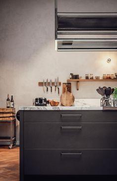 Eginstill is a collective of craftsmen working under the creative direction of Frans Pahlplatz, who operates under the hawk's eye of Yoran Hensel, focusing on more practical things. Küchen Design, Double Vanity, Craftsman, Studio, Amsterdam, Artisan, Studios, Double Sink Vanity
