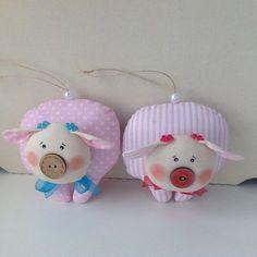 Наталья Тюряпина Yule Crafts, Pig Crafts, Diy And Crafts, Christmas Crafts, Christmas Decorations, Christmas Ornaments, Pig Baby Shower, Animal Bag, Toy Craft
