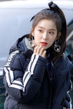 Imagem de irene, red velvet, and kpop Red Velvet アイリーン, Irene Red Velvet, Seulgi, Kpop Girl Groups, Korean Girl Groups, Kpop Girls, Asian Music Awards, Red Velet, Up Girl
