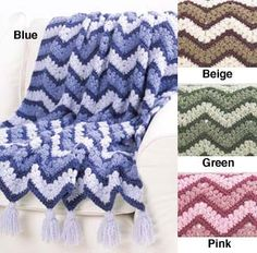 Follow this free crochet pattern to create a ripple afghan using Bernat Harmony yarn.