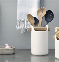 Measuring Spoons, Tool Box, Tableware, Dopp Kit, Dinnerware, Toolbox, Dishes