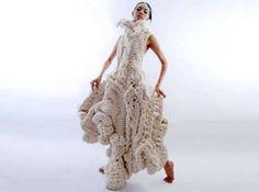 Wearable Crochet Art : Johan Ku Emotional Scultpures