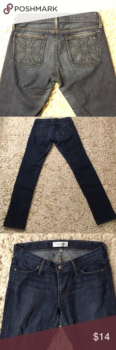 "Habitual Straightleg Jeans Good condition straightleg Habitual jeans.  Cuffs in excellent condition.  Inseam about 33"". Smoke free, pet free home. Habitual Jeans Straight Leg"