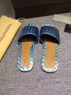 b6760559e447 bottega new top leather sandal in top calfskin leather from Europe size 35  to 43