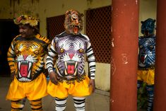 Alex Webb INDIA. Fort Kochi. 2014. Preparations for Onatsavam Festival and procession.