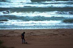 cercatori d'oro 2.0 setacciano le spiagge della Sardegna