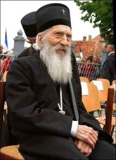 Патријарх Павле Miséricorde Divine, Orthodox Christianity, Orthodox Icons, Serbian, Saints, Best Friends, Religion, Winter Hats, Spirituality