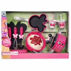 Minnie play kitchen - The pictures and details of our home kitchen needs we have prepared well. See now to learn more about minnie play kit. Baby Dolls For Kids, Toy Cars For Kids, Little Girl Toys, Baby Girl Toys, Toys For Girls, Kids Toys, Minnie Mouse Kitchen, Mickey Mouse Toys, Baby Alive Doll Clothes