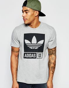Fede adidas Originals T-Shirt With Street Graphic AJ7717 - Grey adidas Originals T-Shirts til Herrer i fantastisk kvalitet