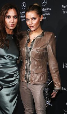 Sophia Thomalla Premiere New Brown Leather Jacket  Jacket Features:   Outfit type: Leather Jacket Gender: Female Color: Brown Front: Front Zip Closure Lining: Viscose Lining Pockets: Fourpockets