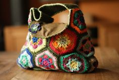 African Flower Hexagon bag - Chrystallinya's crochet project