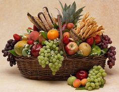 basket of fruit | Specialty Gift Baskets, Diabetic Gift Baskets, Gift Basket Ideas | Los ...