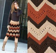 Pull Crochet, Hippie Crochet, Crochet Lace, Crochet Stitches, Crochet Mandala, Crochet Afghans, Crochet Blankets, Crochet Skirts, Knit Skirt