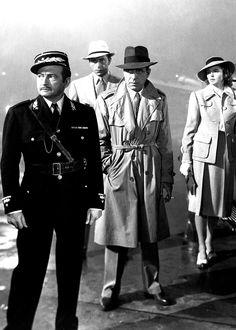 Claude Rains, Paul Henreid, Humphrey Bogart, & Ingrid Bergman in Casablanca Hollywood Actor, Hollywood Stars, Classic Hollywood, Old Hollywood, Hollywood Images, Hollywood Glamour, Humphrey Bogart, Casablanca Film, Ingrid Bergman Casablanca