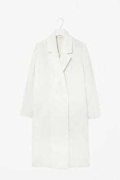 MINIMAL + CLASSIC: Light weight scuba coat