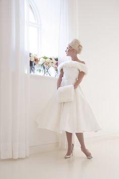 Robe de mariée 2017 House of Mooshki à Paris. 2017 House of Mooshki wedding dress in Paris. Gloria. www.metalflaque.fr