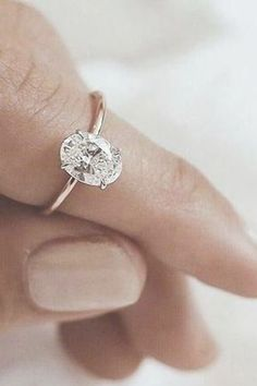This engagement ring set was designed by Camellia Jewelry. This diamond engagement Ring is set with a round cut natural diamond set on the top of camellia flower . To achieve this stunning look, Weve created a matching diamond wedding band set in Wedding Rings Simple, Wedding Rings Solitaire, Classic Engagement Rings, Wedding Rings Rose Gold, Princess Cut Engagement Rings, Engagement Ring Settings, Trendy Wedding, Solitaire Engagement, Gold Wedding
