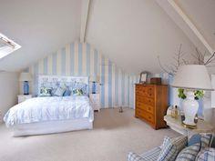Camere da letto con pareti decorative