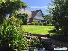 Munkebakken 8, 8400 Ebeltoft - En perle midt i Ebeltoft med udsigt fra alle plan. #villa #ebeltoft #selvsalg #boligsalg #boligdk
