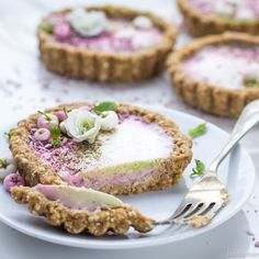 These matcha and blackberry curd tarts may just be my favourite recipe yet. Simple, sweet and light, they make the most wonderful dessert or snack. These babies are vegan, gluten and refined sugar …