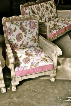 Fancy That - Online Showroom Paint Furniture, Living Room Furniture, Armchairs, Sofas, Sofa Makeover, Restoring Old Furniture, Lounge Suites, Wooden Sofa, Paint Effects