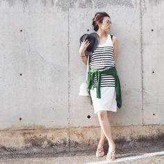 #シェアInstagram 【OSHARE】 昨日買ったサンダルを早速履いてお散歩。 クリスタルがキラキラして、なんかすごく嬉しかった〜! . . #ユニクロ#UNIQLO#タマクロ #soleilbypuputier#fashion#coordinate#outfit#ootd#ファッション#コーディネート#JAPAN