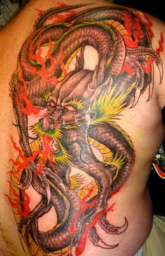 Chinese Dragon Tattoo - this type of tattoo is very popular all over the planet! Unlike the fatter European dragon the Chinese dragon has a snake like body! Dragon Tattoo Photo, Dragon Tattoo Pictures, Dragon Tattoo Art, Japanese Dragon Tattoos, Dragon Tattoo Designs, Rose Tattoo Black, Japanese Dragon Tattoo Meaning, Chinese Tattoo Designs, Chinese Tattoos