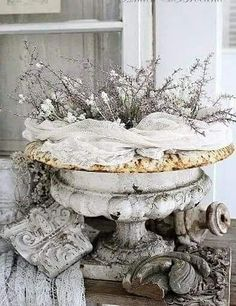 Shabby Chic Home Products shabby chic style interior design.Shabby Chic Garden Shed. Shabby Chic Mode, Estilo Shabby Chic, Shabby Chic Bedrooms, Shabby Chic Style, Shabby Chic Furniture, Shabby Chic Decor, Shabby Chic Xmas, Vintage Furniture, Rustic Decor