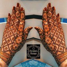 Front Mehndi Design, Mehndi Designs Feet, Mehndi Designs Book, Legs Mehndi Design, Full Hand Mehndi Designs, Stylish Mehndi Designs, Mehndi Designs 2018, Mehndi Designs For Girls, Mehndi Design Photos