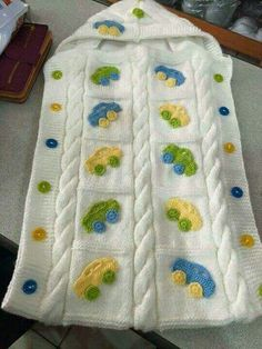 Knitting patterns, knitting designs, knitting for beginners. Kids Knitting Patterns, Knitting For Kids, Knitting For Beginners, Knitting Designs, Crochet For Boys, Crochet Home, Crochet Motif, Crochet Gifts, Baby Sweaters