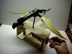 ▶ Wooden Dragon Automata - YouTube