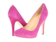 Pretty In Pink Pumps.i
