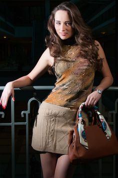 A nőknek fontos a divat, és táskából sosem elég!!! www.ekszertaska.hu - A trendi női táskák webáruháza! Rendelj otthonról kényelmesen, és mi házhoz szállítjuk! Sequin Skirt, Sequins, Skirts, Dresses, Fashion, Bebe, Vestidos, Moda, Skirt