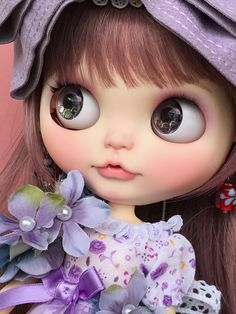 macorin Blythe Dolls, Girl Dolls, Little Doll, Toys Photography, Toy Boxes, Cute Dolls, Big Eyes, Beautiful Dolls, Girl Power