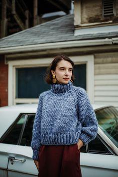 Ravelry: Moosonee Sweater pattern by Tara-Lynn Morrison Winter Sweaters, Sweater Weather, Women's Sweaters, Sweater Knitting Patterns, Loom Knitting, Free Knitting, Knit Fashion, Autumn Winter Fashion, Fall Fashion