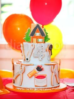 Parties and Pretties: Boy birthday idea #1: Construction Party