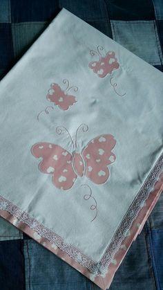 Ideas For Baby Blanket Designs Crib Bedding Baby Applique, Machine Applique, Embroidery Monogram, Hand Embroidery, Baby Dress Tutorials, Baby Tumblr, Baby Sheets, Crochet Baby Cocoon, Monogram Design