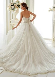 Buy discount Fabulous Tulle Sweetheart Neckline Ball Gown Wedding Dresses With Beaded Embroidery at Dressilyme.com