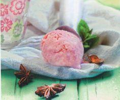 Παγωτό φράουλα | Συνταγή | Argiro.gr - Argiro Barbarigou Sweet Tooth, Ice Cream, Cookies, Cake, Desserts, Recipes, Sweet Dreams, Food, No Churn Ice Cream