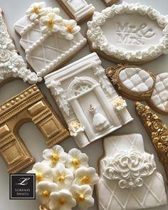 Lorena Rodríguez. Wedding cookies. Bridal cookies Biscotti Cookies, Galletas Cookies, Iced Cookies, Fun Cookies, Cupcake Cookies, Sugar Cookies, Wedding Cake Cookies, Cake Table Decorations, Sugar Cookie Frosting