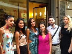 Casting modelle per sfilata con il direttore Rocco Pietropaolo