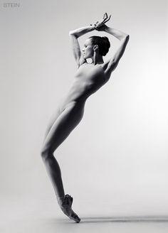 Maria Abashova, dancer Ballet Theatre of Boris Eifman. In Event, Dance. Untitled, photography by Vadim Stein. Image #443065