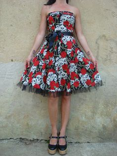 Hey, I found this really awesome Etsy listing at https://www.etsy.com/listing/109533655/rockabilly-dress-skulls-roses