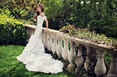 Convertible mermaid wedding dress with detachable skirt