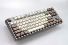 MP Retro Beige 134 KEYS SA PBT Keycap Sublimation Keycap Cherry MX switch keycaps for Wired USB Mechanical Gaming keyboard-in Keyboards from Computer & Office on Aliexpress.com | Alibaba Group Mini Keyboard, Computer Keyboard, Custom Computer Case, Game Room Design, Usb, Ali Express, Computer Hardware, Gaming Setup, Hardware