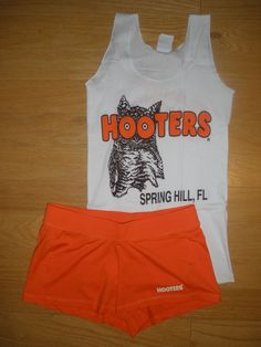 NEW HOOTERS UNIFORM HALLOWEEN COSTUME NEW STYLE SHORTS SMALL FLORIDA W/BONUS