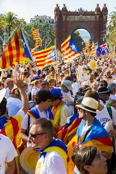Diada 11s 2016 a Barcelona. Zona escenari. Catalonia Fotos: Guim Bonaventura Bou