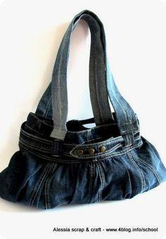 Scuola di Cucito: costruire borse con 5 cuciture riciclando gonnelline.  Is so cute this bag!