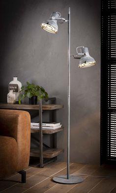 Industriele Kleine Staande Lamp.25 Beste Afbeeldingen Van Industriele Vloerlampen Lampen